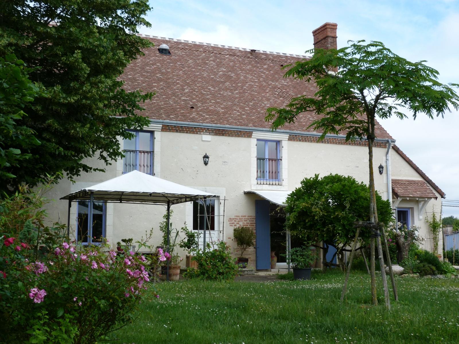 Côté jardin : terrasse